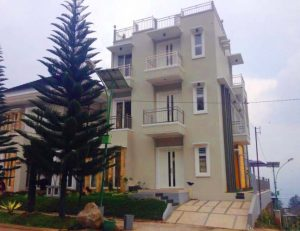 Villa Pinus Kota Batu R1A